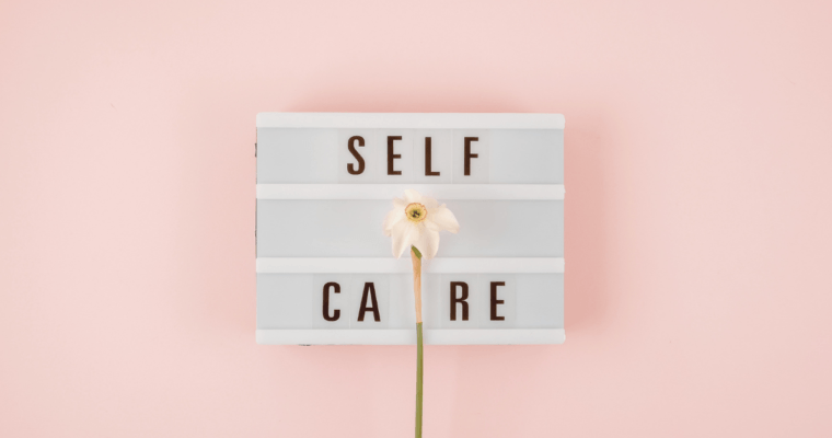 Self-Care Evening Routine – 30 Amazing Ideas!